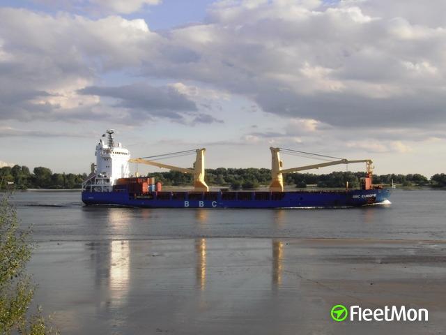 Photo of the vessel BBC EUROPE from FleetMon.com