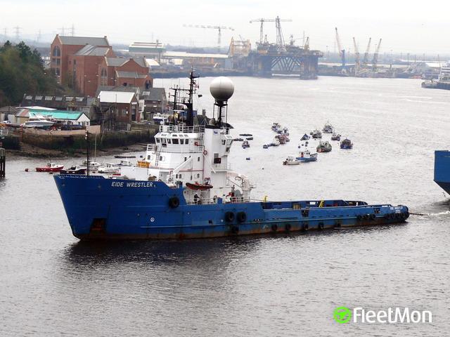 Photo of the vessel EIDE WRESTLER from FleetMon.com