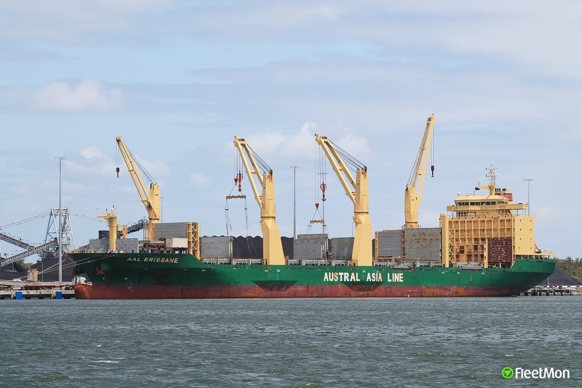 Freighter AAL Brisbane found to be infested with plague insects, NZ