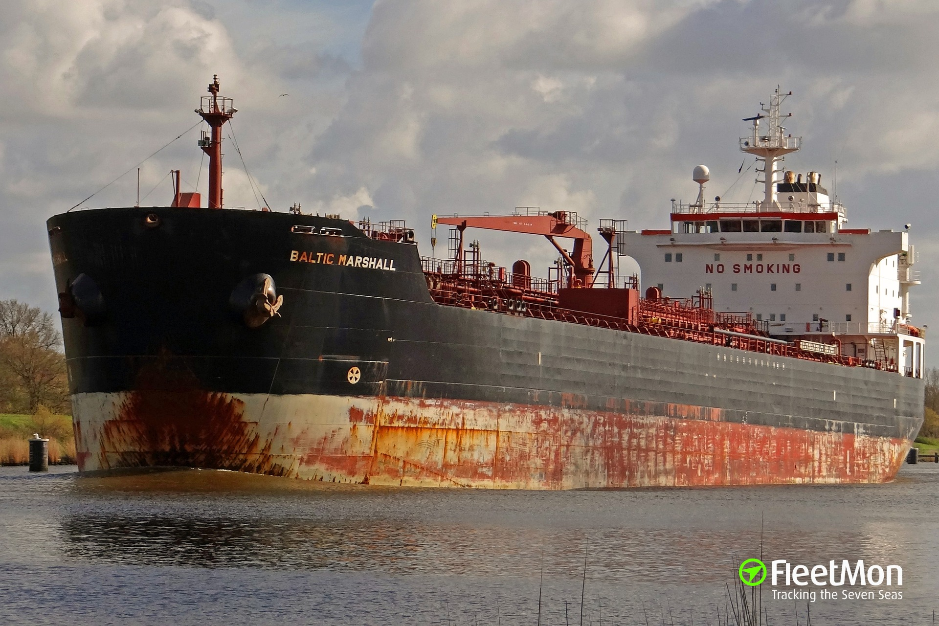 Tanker Baltic Marshall damaged in Ust-Luga port