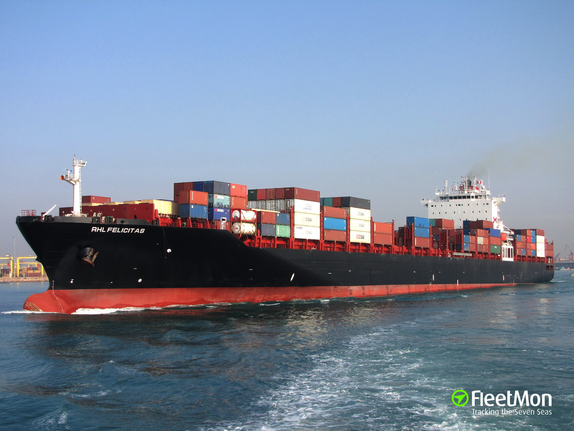 Container ship grounding in Suez Canal