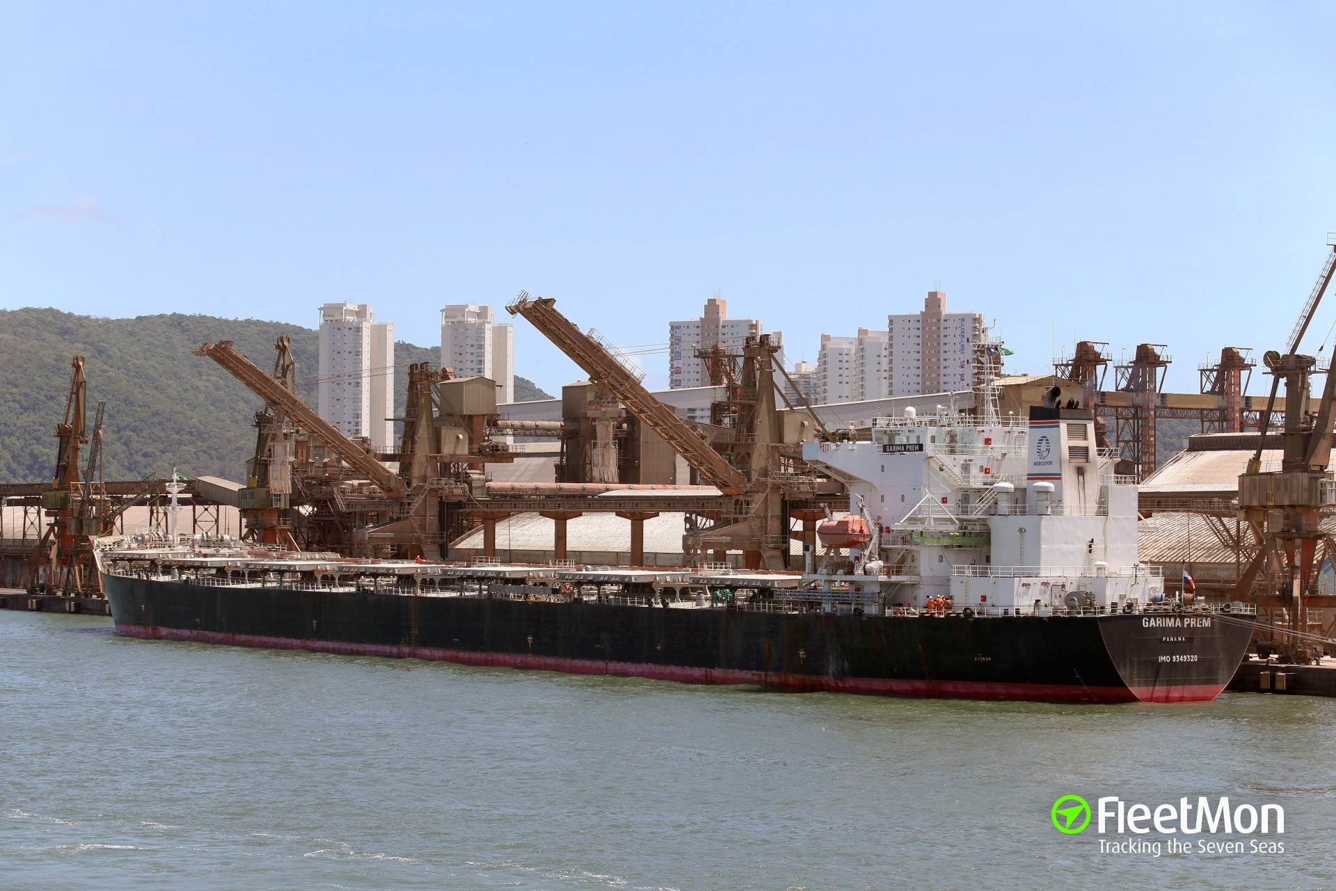 Bulk carrier Garima Prem grounding, China