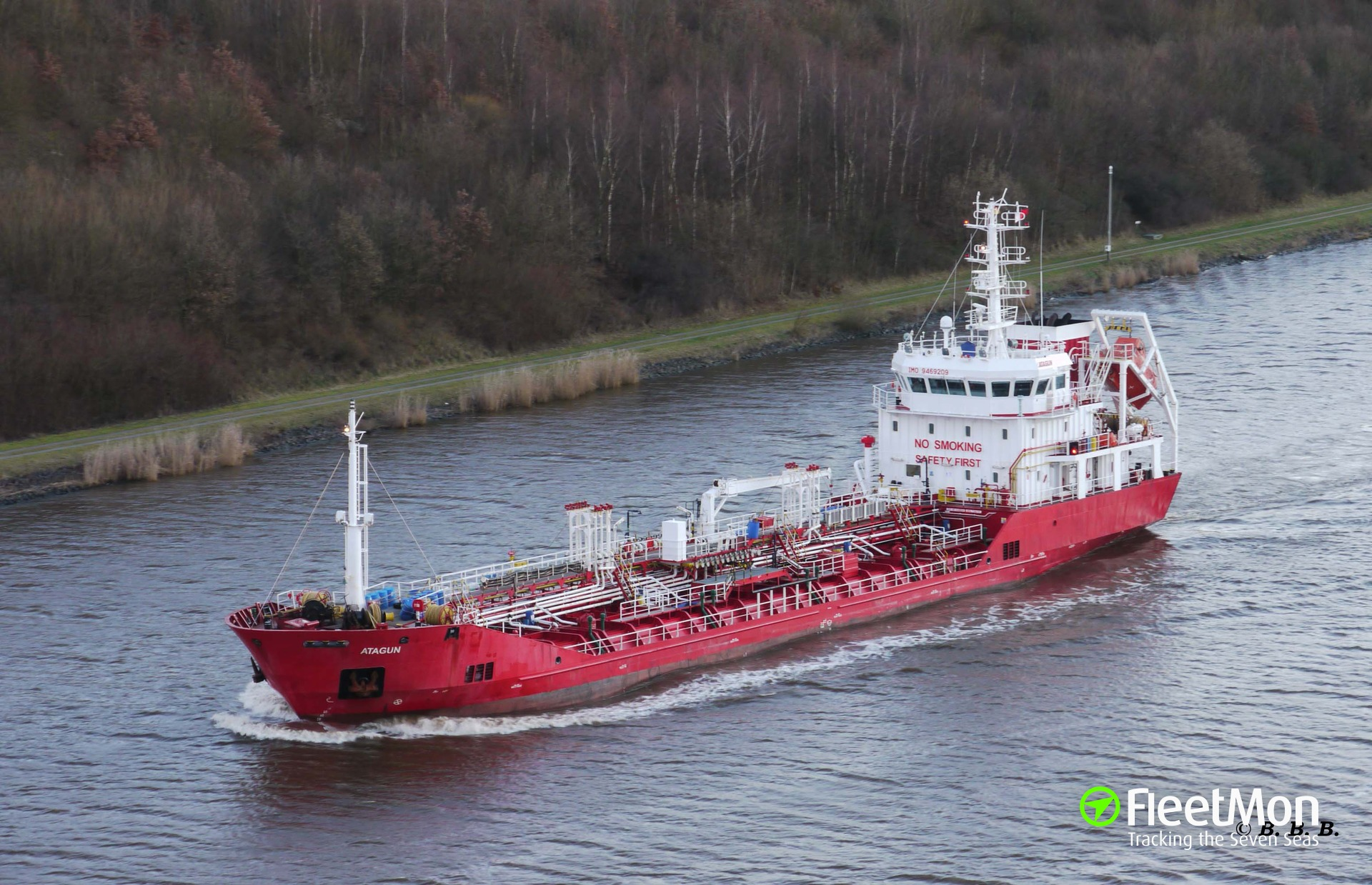 Product tanker towed to port, Caribbean