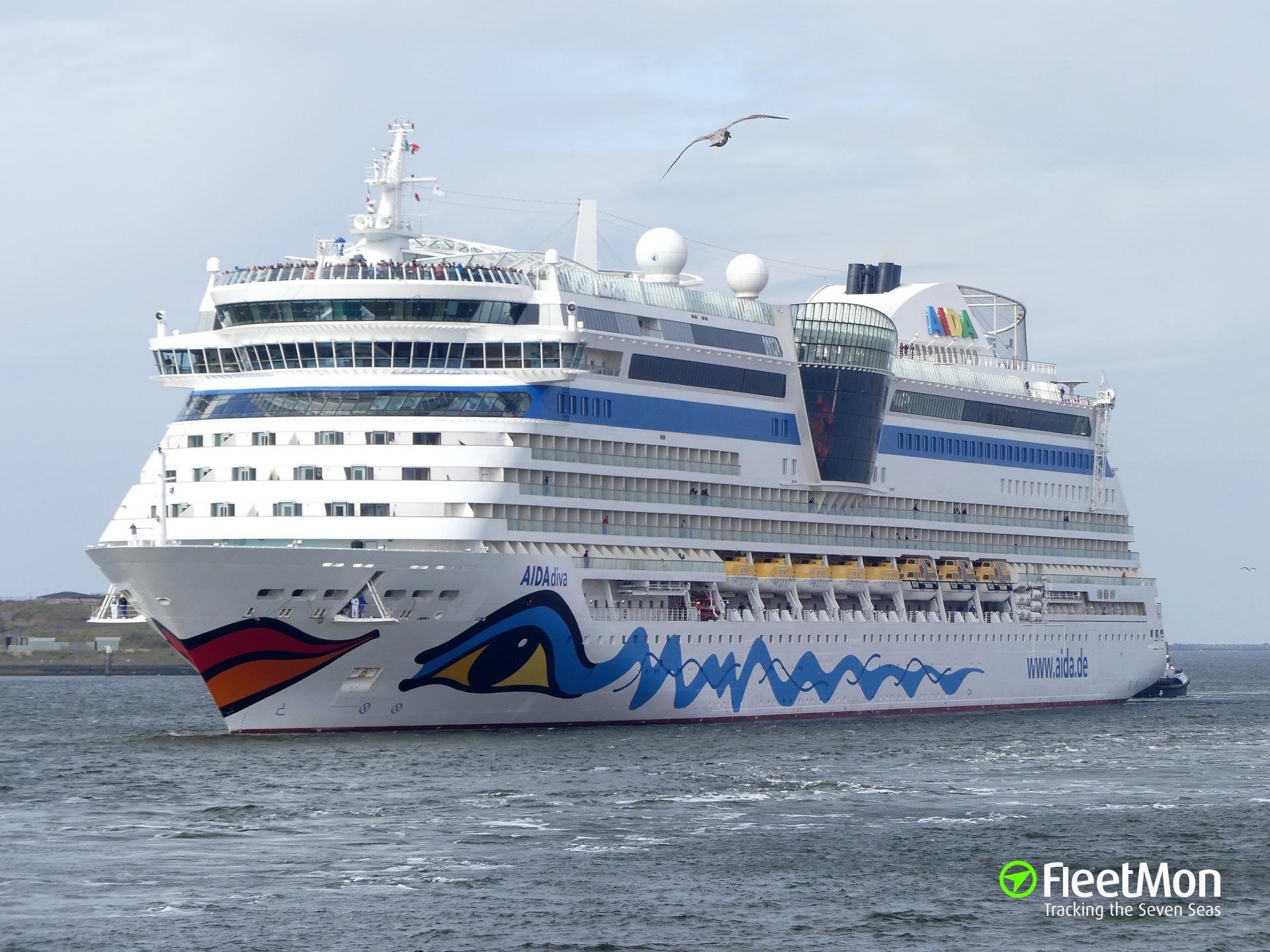 Cruise liner AIDAdiva hit by rocket debris, Israel