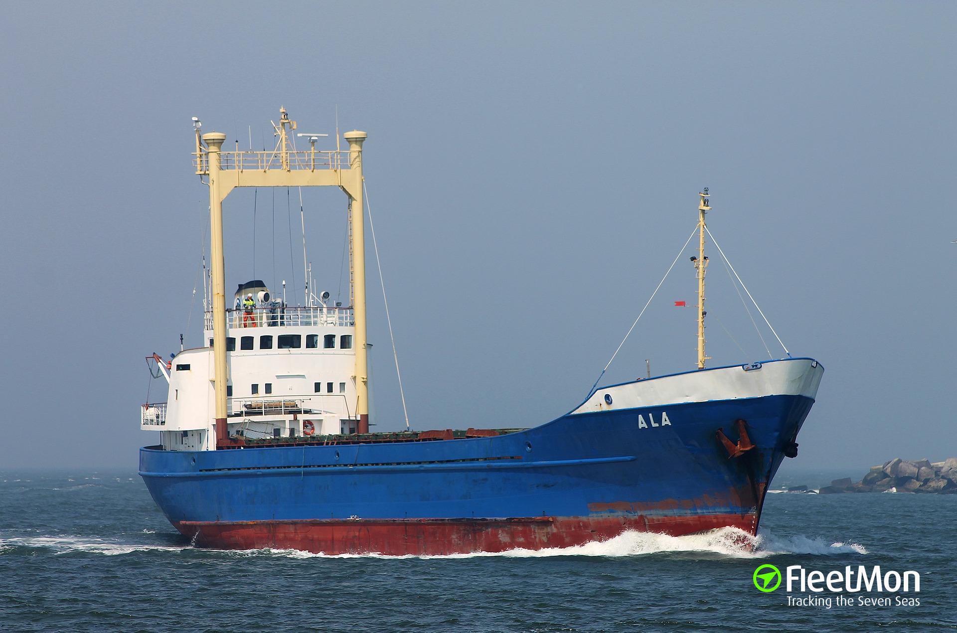 Ala aground off Hjelm, Kattegat