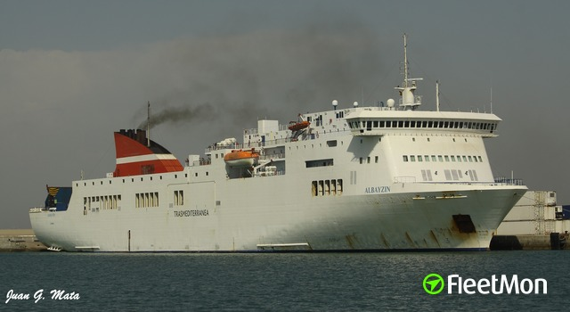 Transmediterranea's ferry contacted crane, Canary Islands