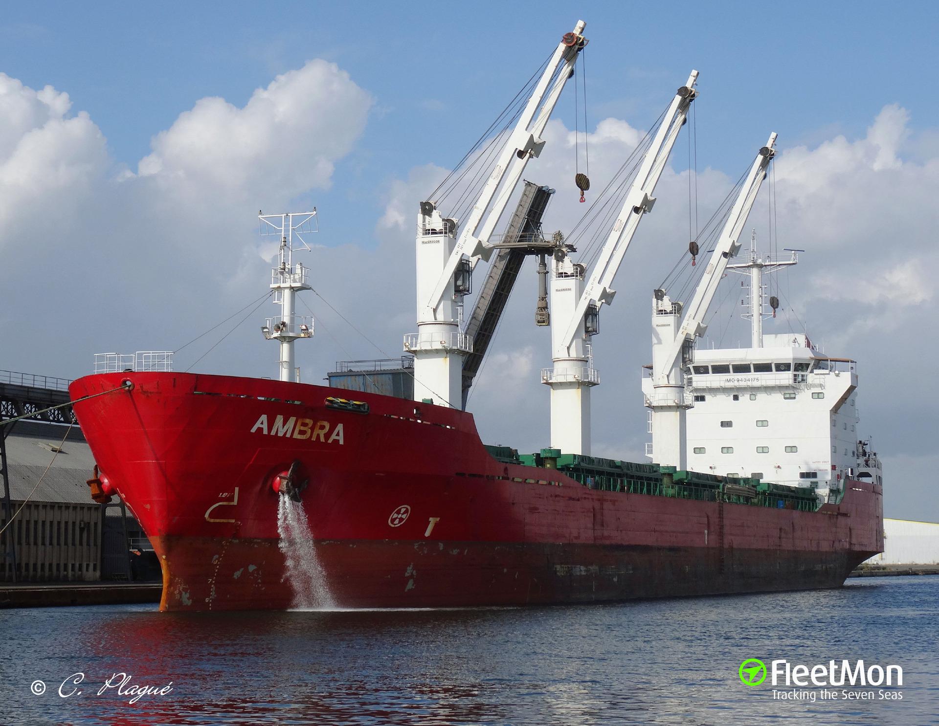 Freighter Ambra towed through Bosphorus
