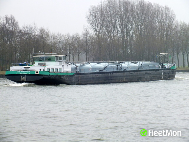 //photos.fleetmon.com/vessels/anjeliersgracht_0_393415_Large.jpg