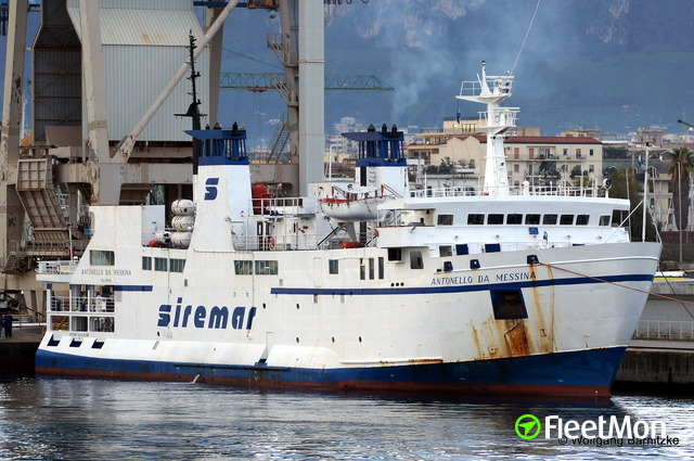 //photos.fleetmon.com/vessels/antonello-da-messina_8708593_728327_Large.jpg