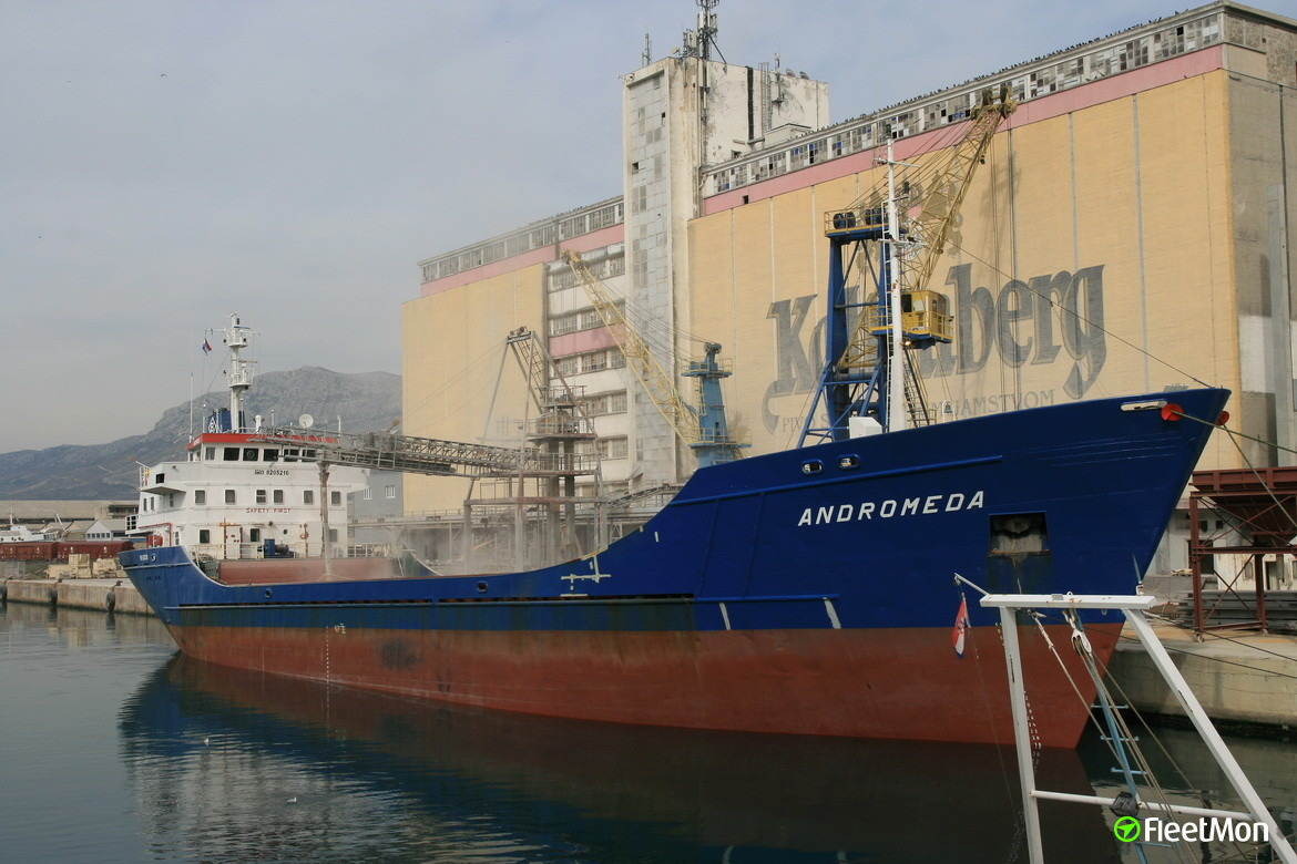 General cargo vessel Andromeda S towed to Mallorca