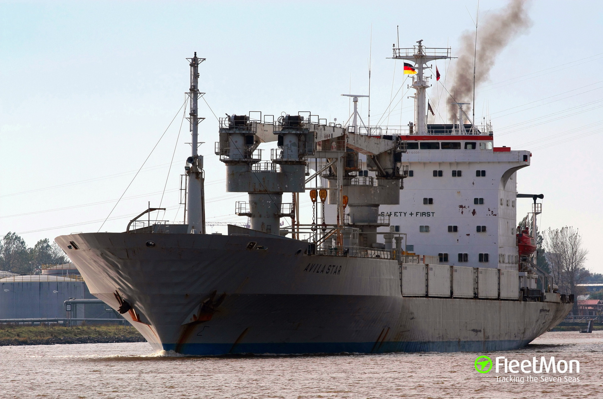 Reefer Avila Star grounding