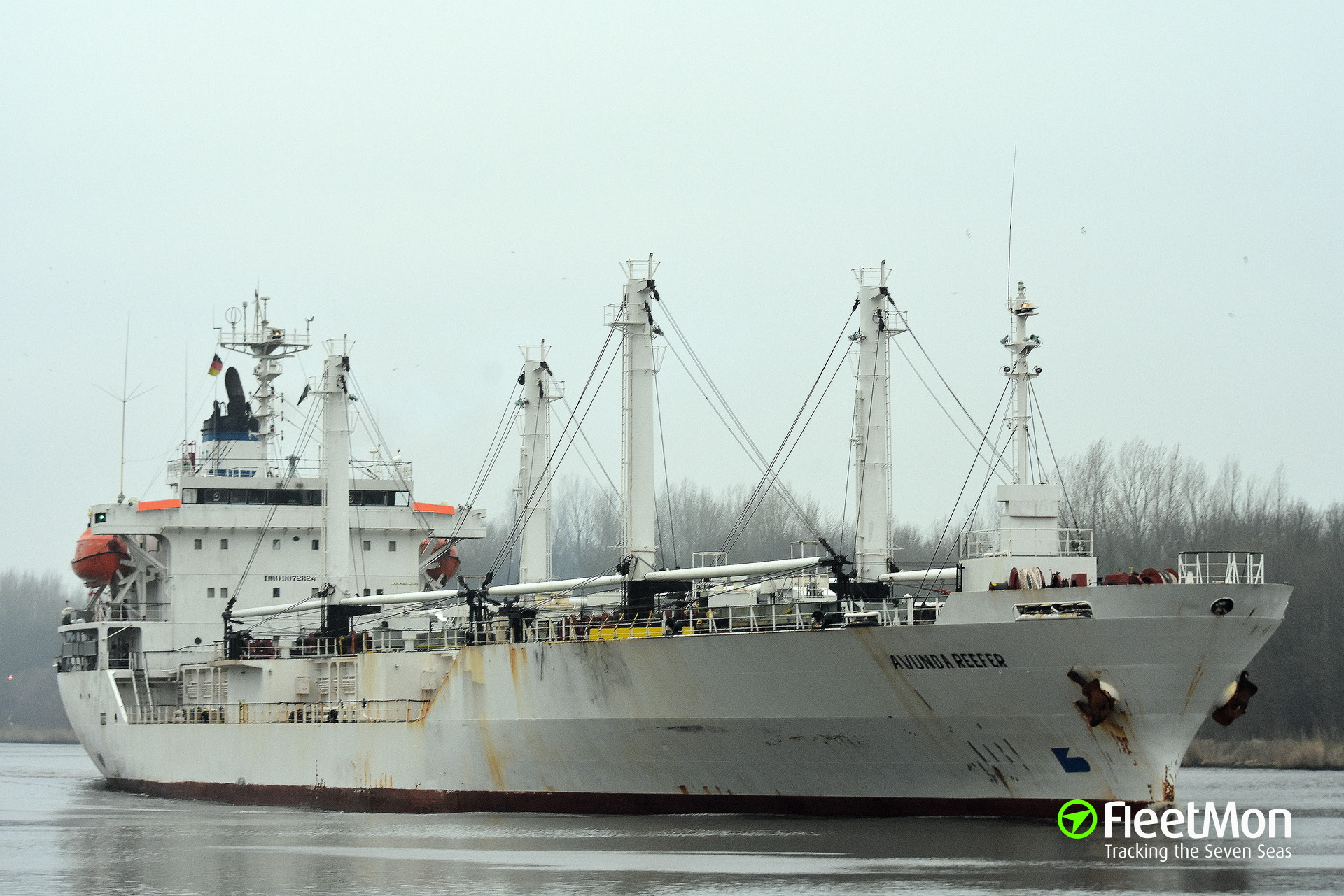 Reefer Marine Phoenix scared New Orleans with possible Ebola case