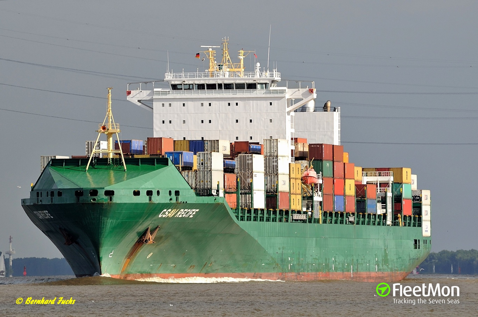 Container ship CSAV Recife resumed voyage after breakdown
