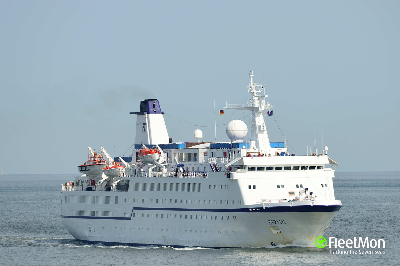 ​M/S Berlin stuck in Dublin due to inspection