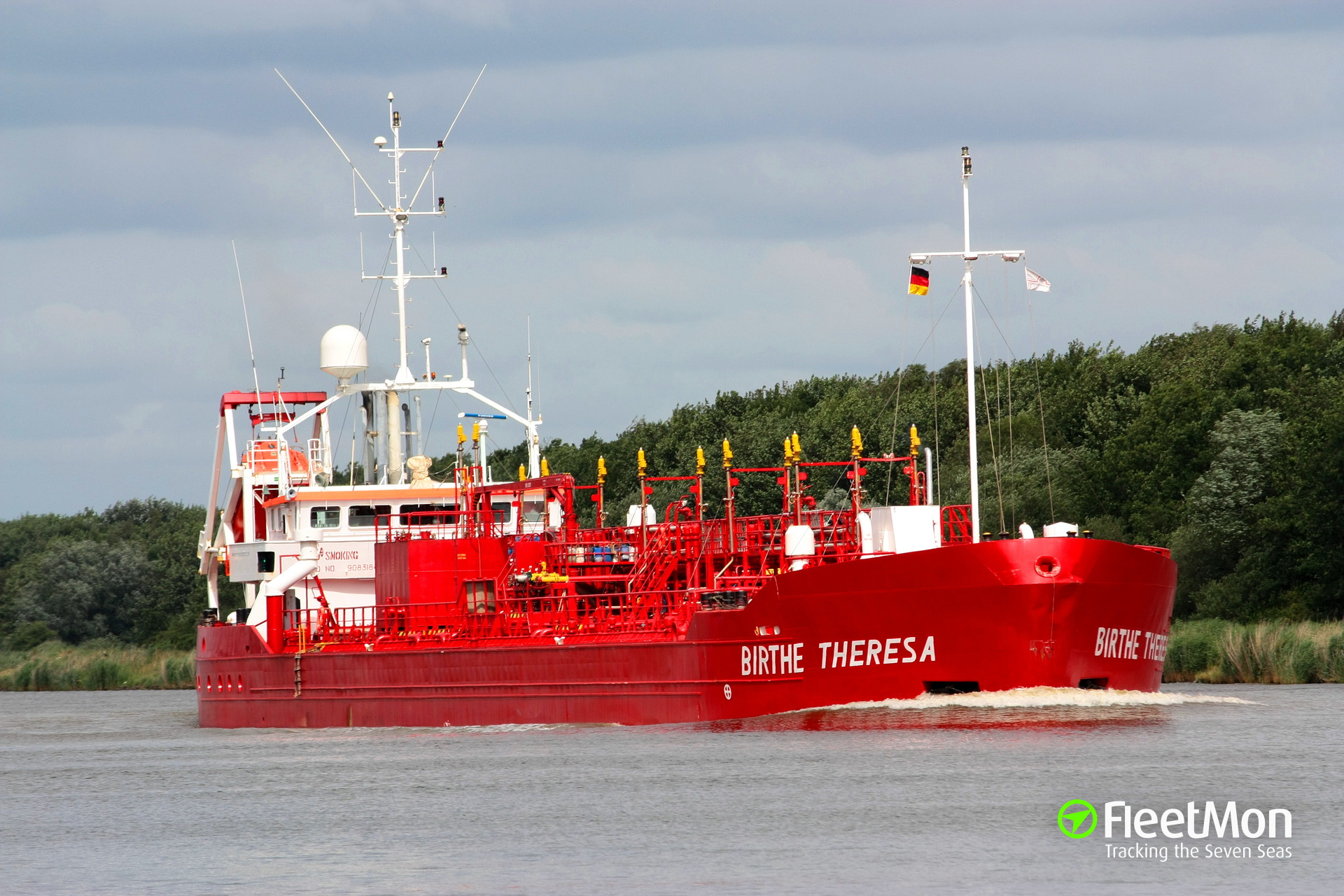 3 crew of m/t Birte Theresa poisoned by methanol alcohol, Baltic sea