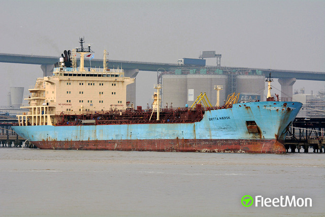 //photos.fleetmon.com/vessels/britta-maersk_9341433_1331655_Large.jpg