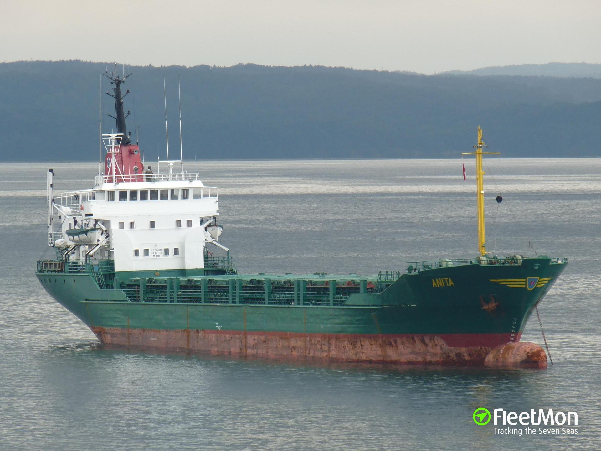 Freighter Captain Omar suffered engine failure in Bosphorus