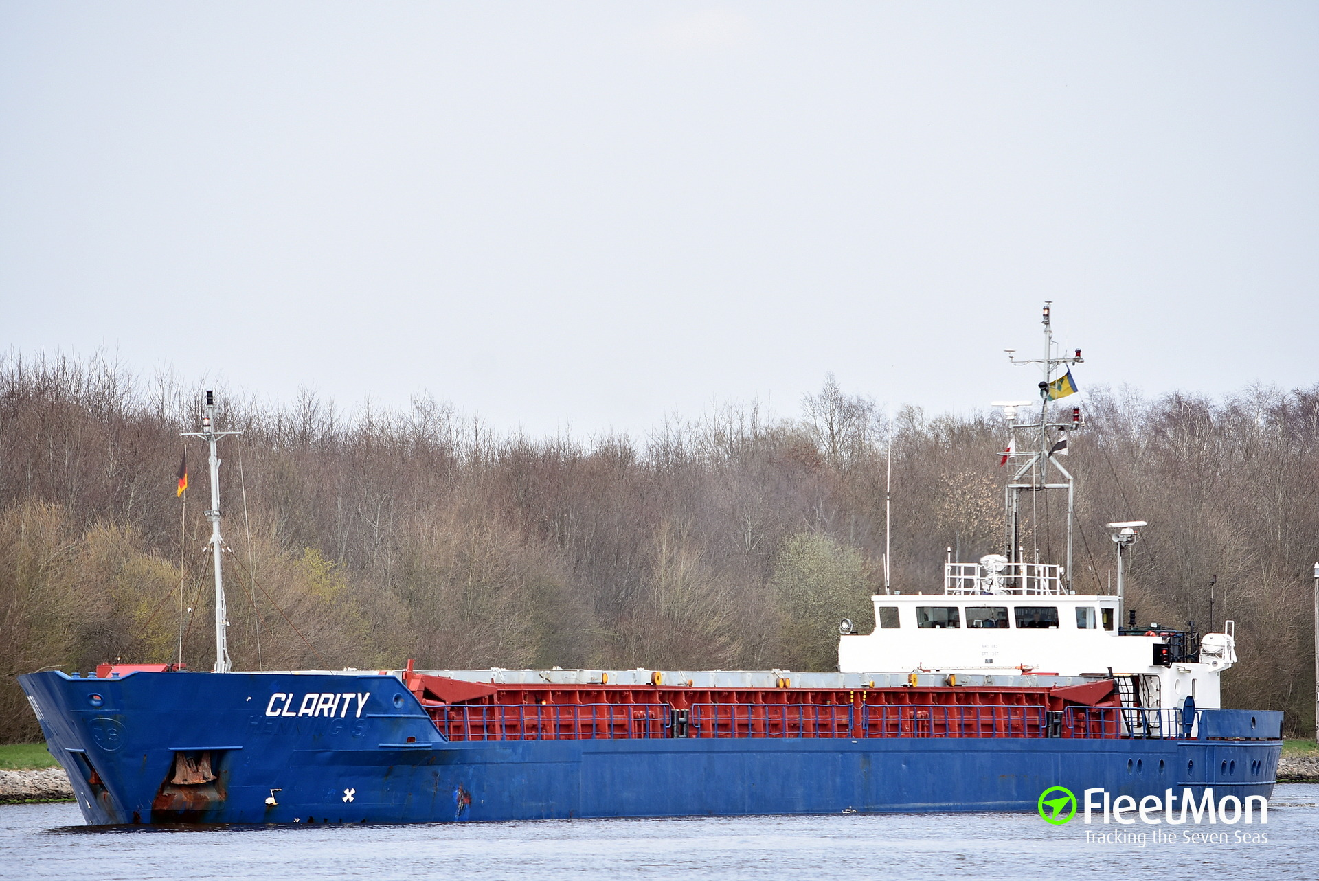General cargo vessel CLARITY troubled in Brunsbuettel