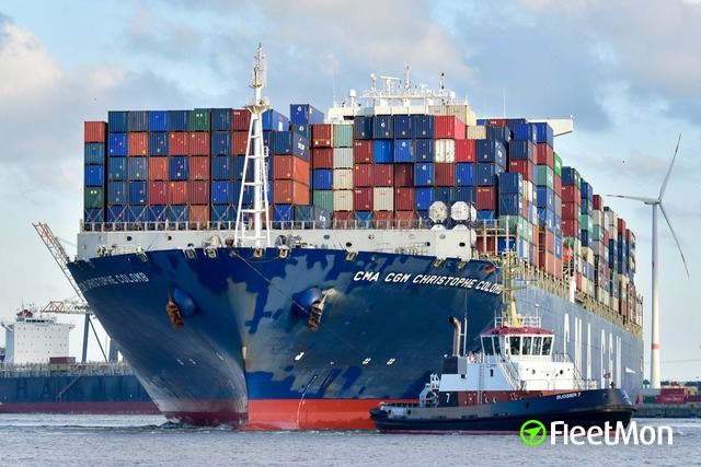 //photos.fleetmon.com/vessels/cma-cgm-christophe-colomb_9453559_1954671_Large.jpg