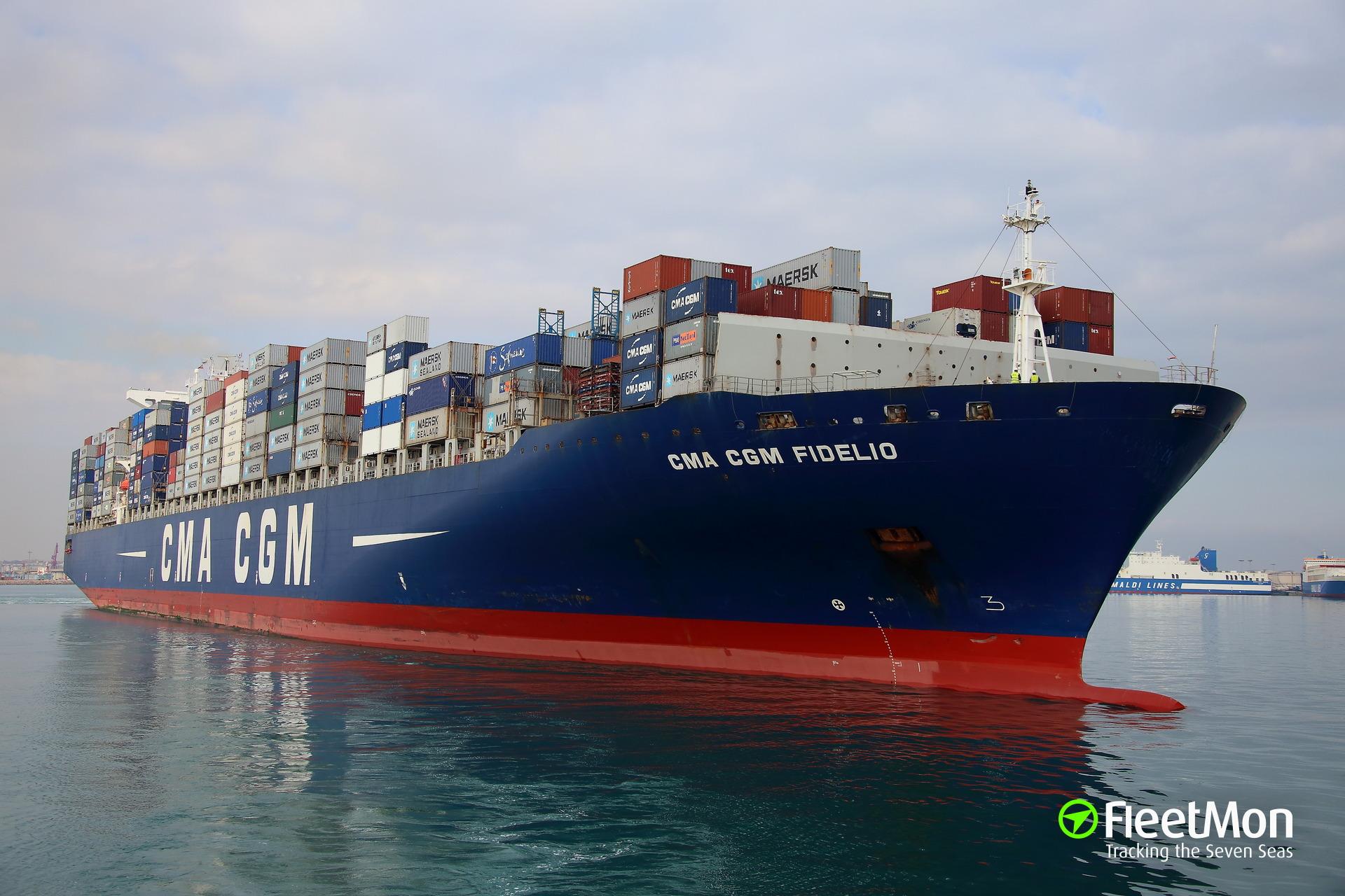 Container ship CMA CGM FIDELIO fire