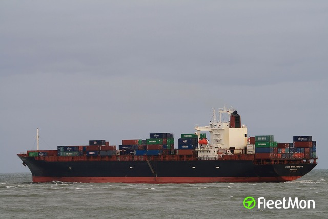 //photos.fleetmon.com/vessels/cma-cgm-lotus_9193525_910993_Large.jpg