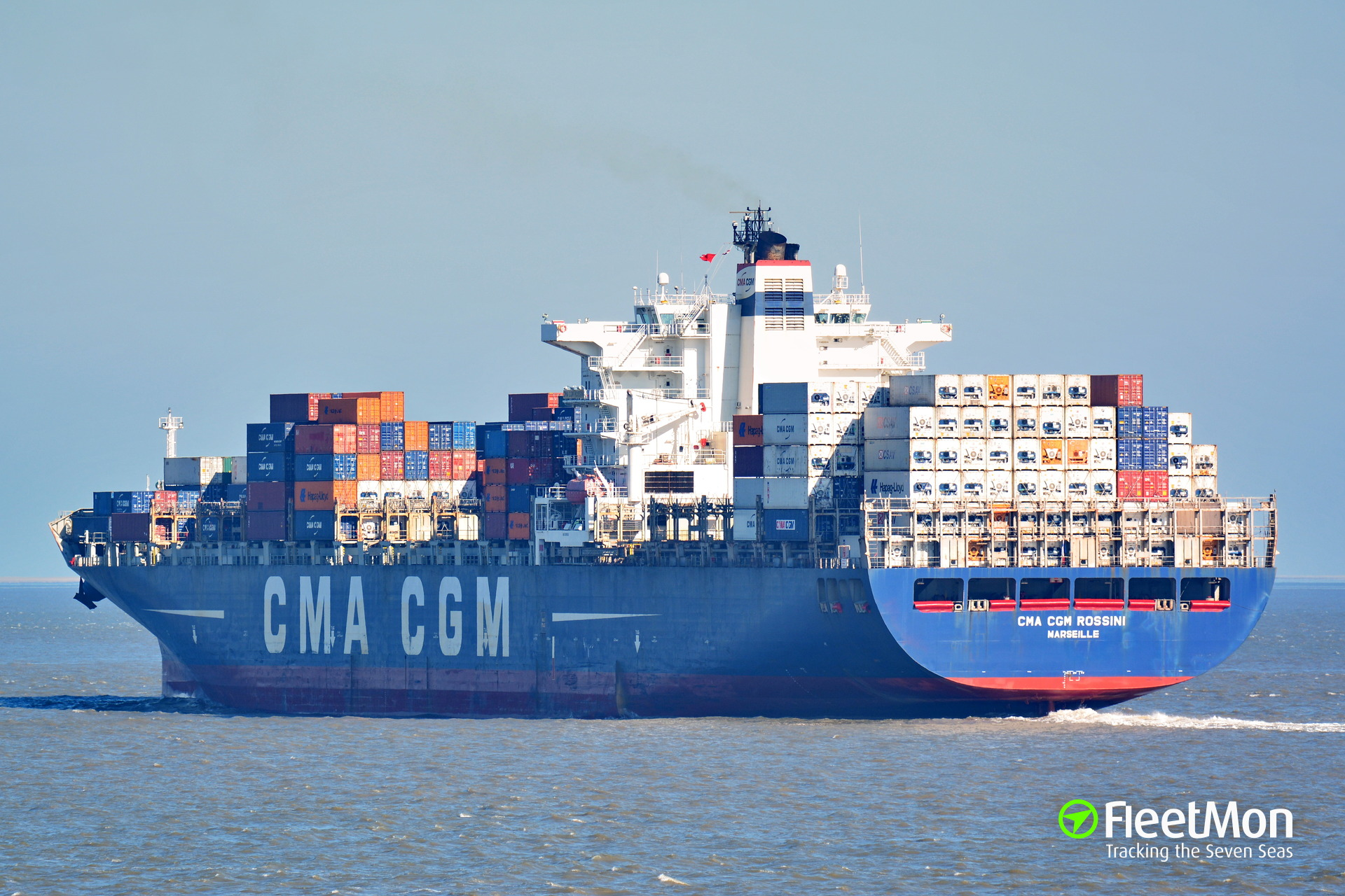 Container ship CMA CGM Rossini lost 14 containers, English Channel