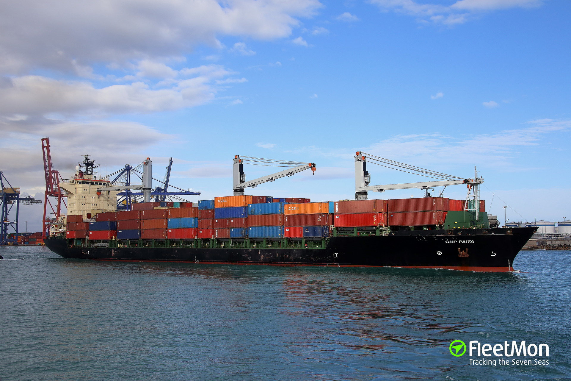 Container ship CNP PAITA pollution