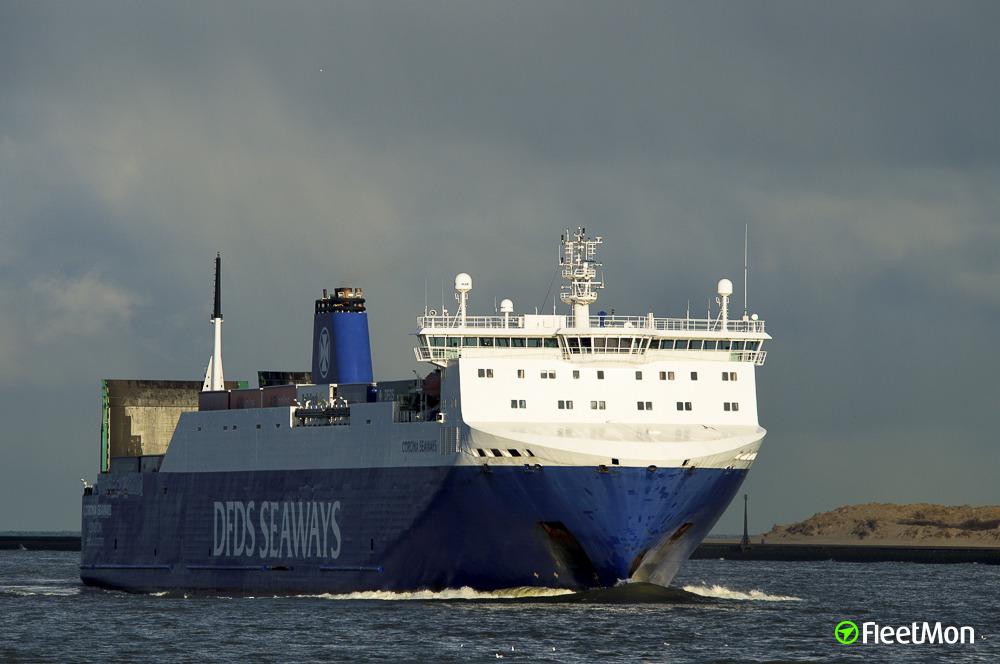 Fire on cargo deck of ro-ro Corona Seaways, Oresund
