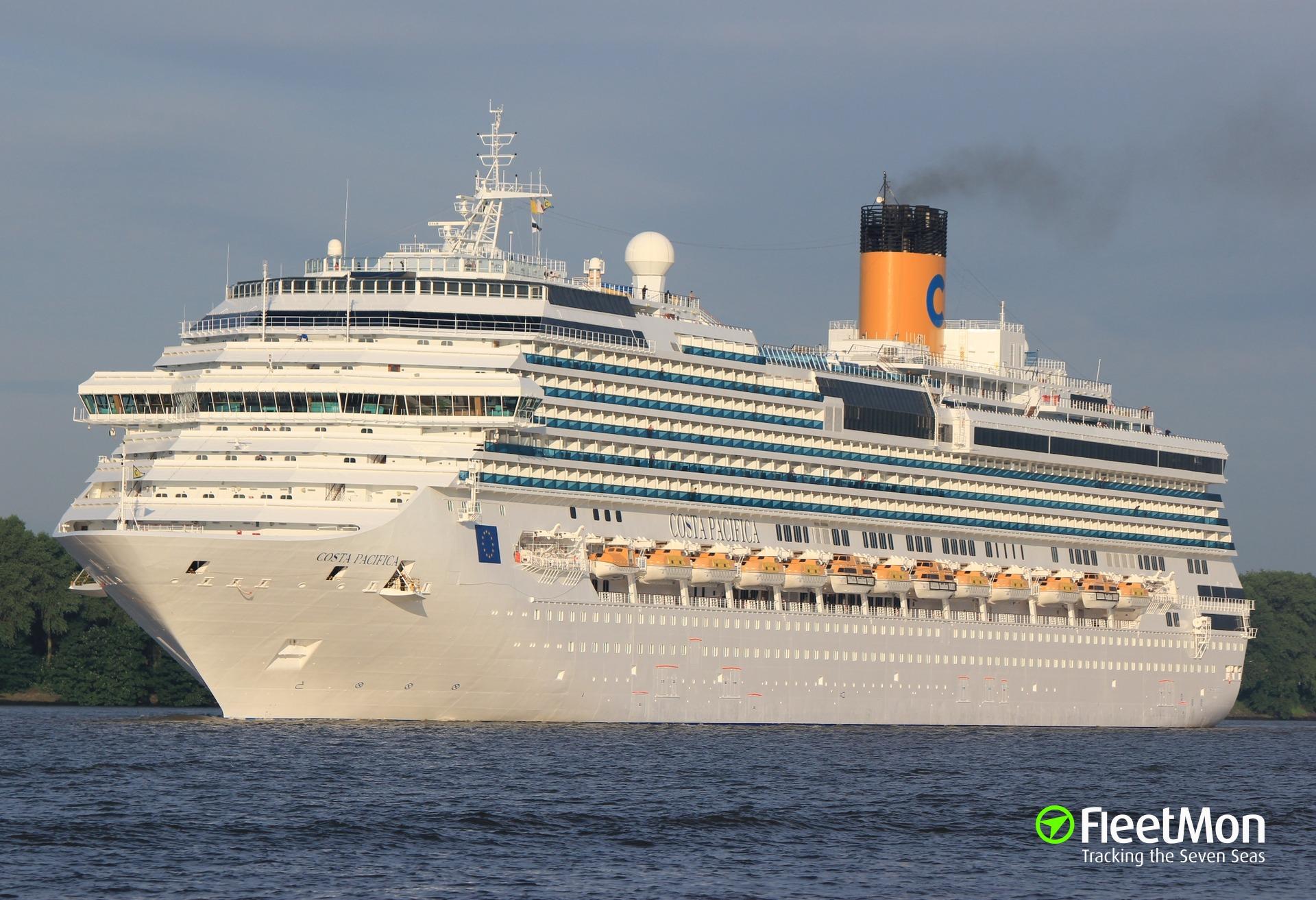 Cruise liner Costa Pacifica bruised entering Marseille