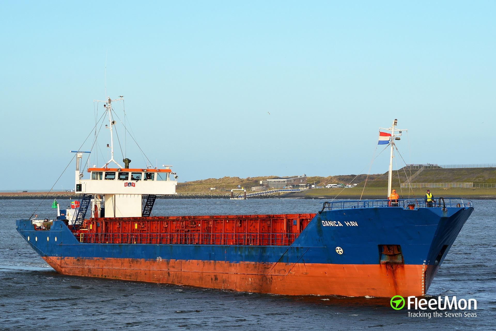 Freighter grounding near Goole, UK
