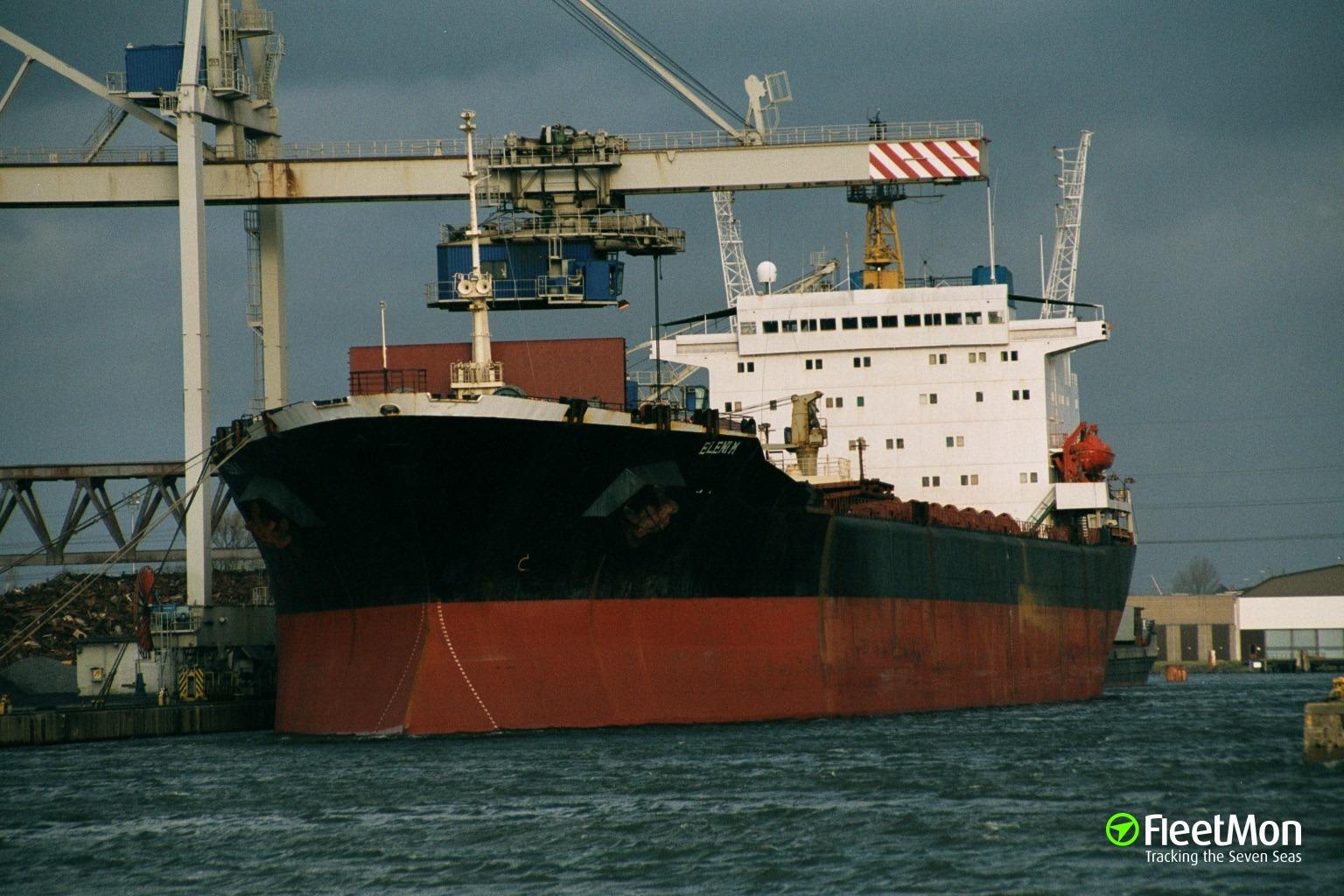 Bulk carrier ELENI M aground, Uruguay river