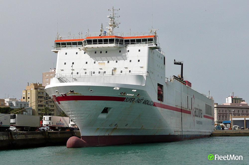 Eurocargo Trieste vs. Hellenic Spirit, Patras