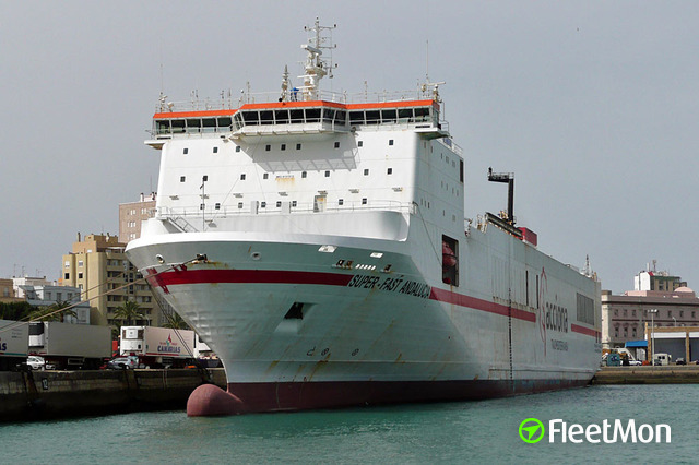 //photos.fleetmon.com/vessels/eurocargo-trieste_9131515_60898_Large.jpg