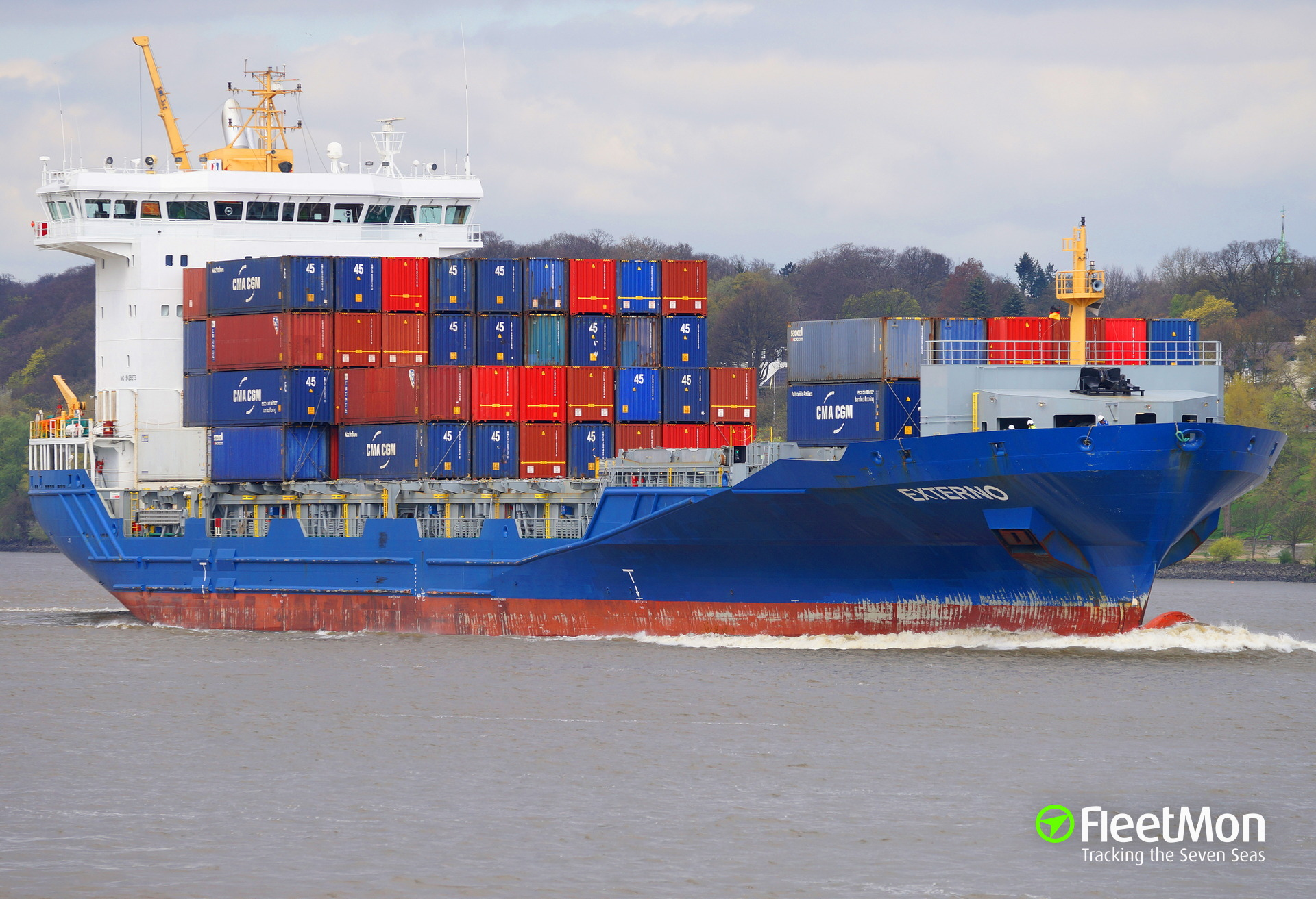 Container ship SYLT damaged bow thruster