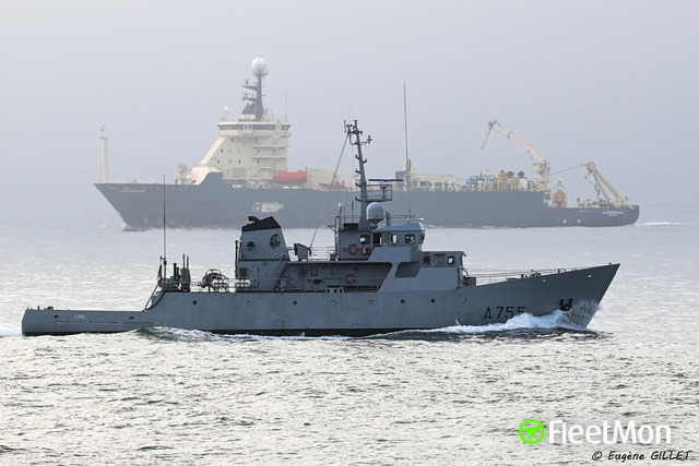 //photos.fleetmon.com/vessels/french-warship-lio_0_1663955_Large.jpg