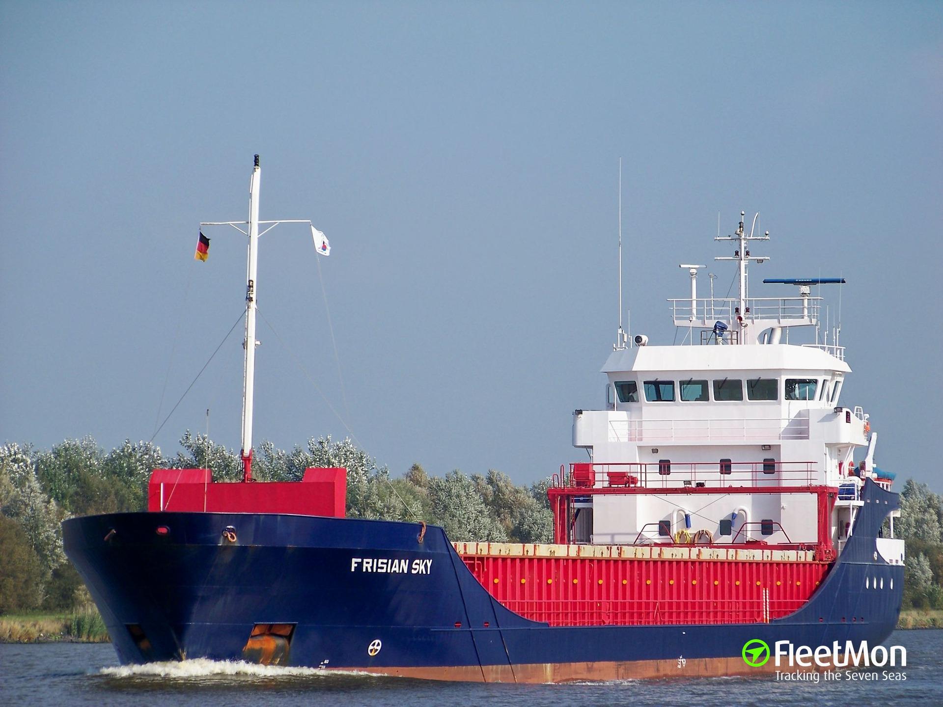 FRI BREVIK allision in Kiel Canal closed the lock