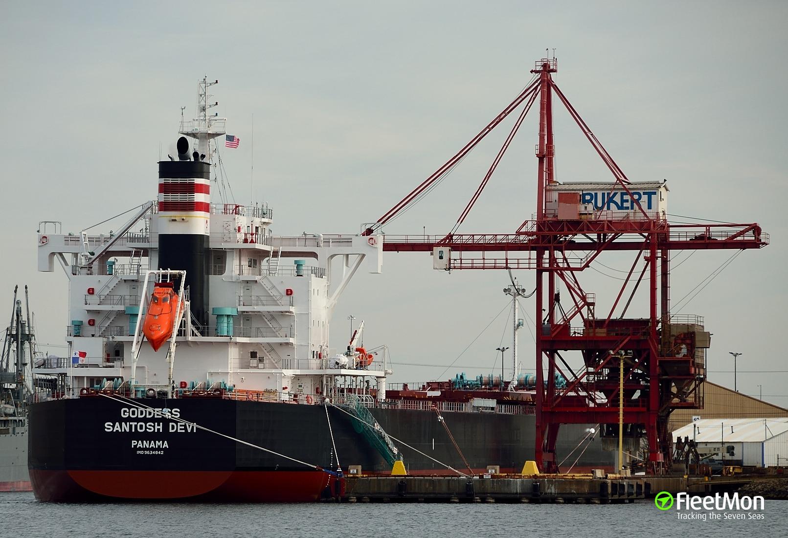 Bulk carrier GODDESS SANTOSH DEVI aground, Chile: UPDATE