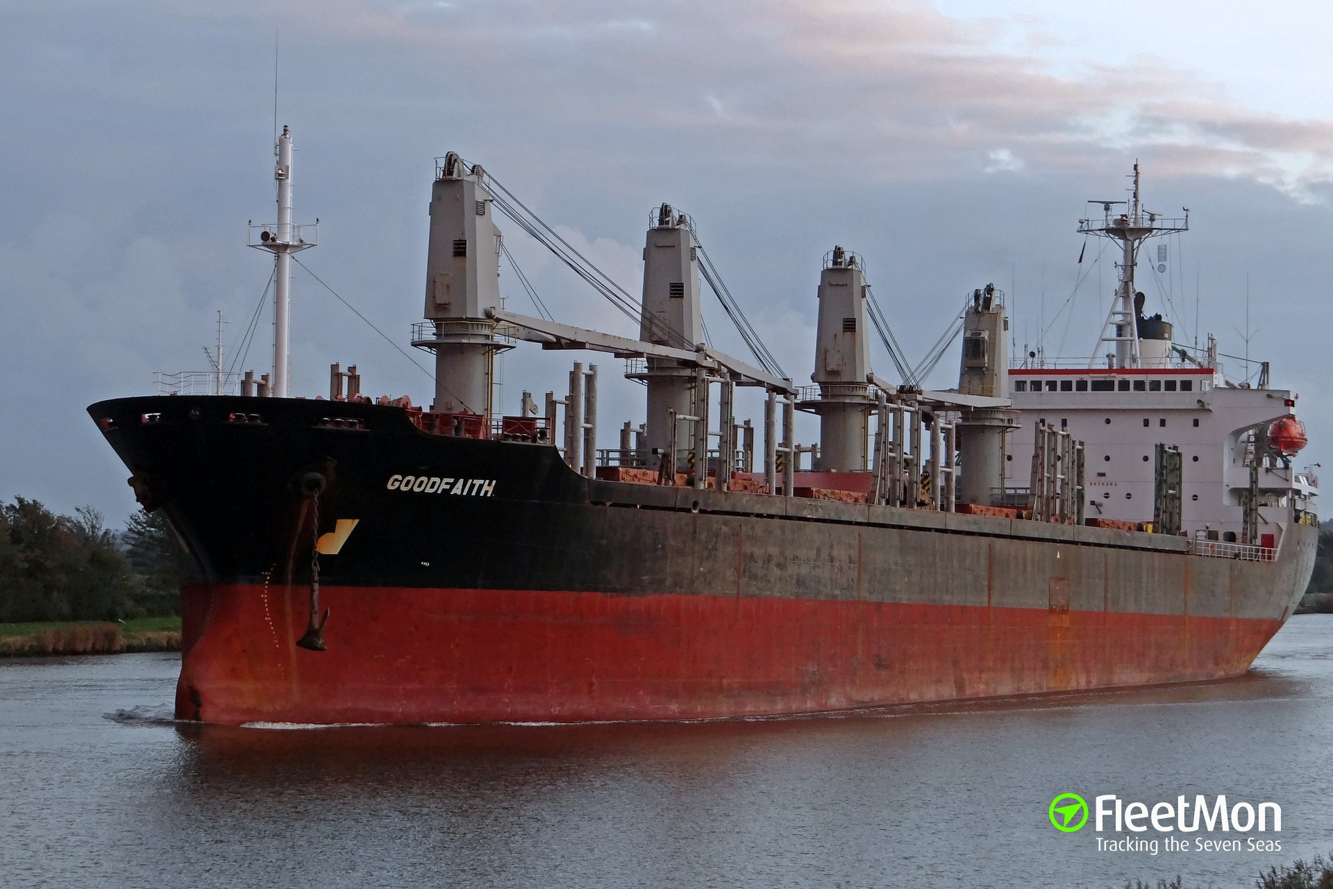 Bulk carrier Goodfaith aground, water ingress, evacuation hampered by a storm