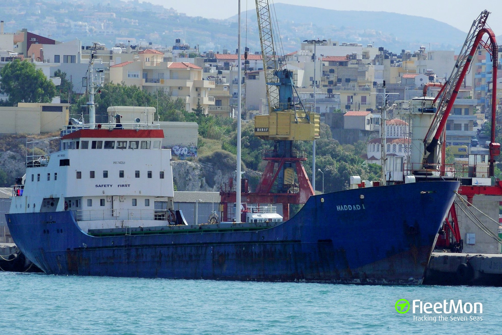 Freighter arrested, suspect in arms trafficking to Libya, Greece