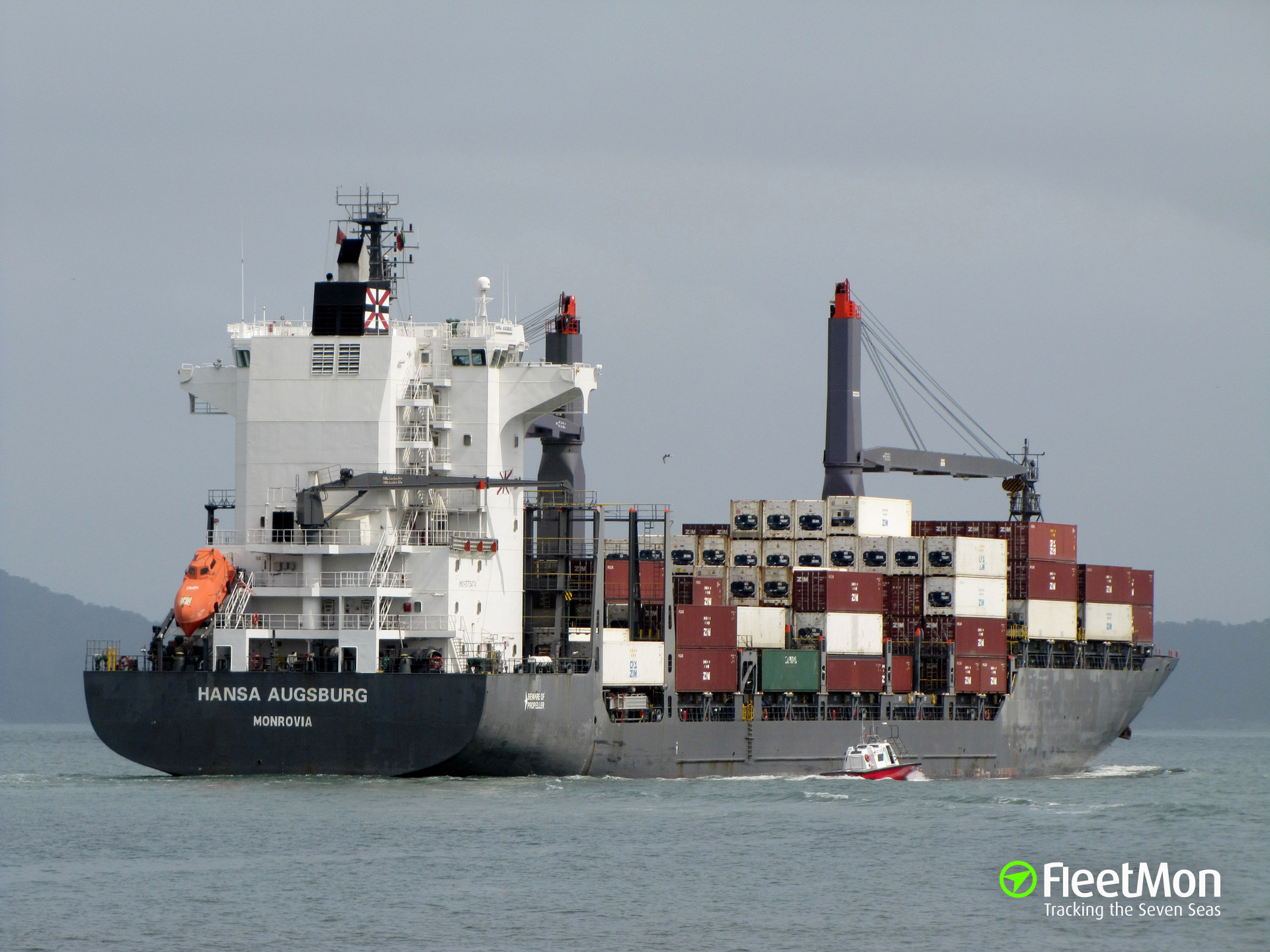 Cylinders with 78 kilos of cocaine and heroin found wielded to German boxship hull