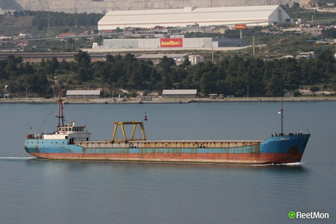 Freighter troubled in Bosphorus
