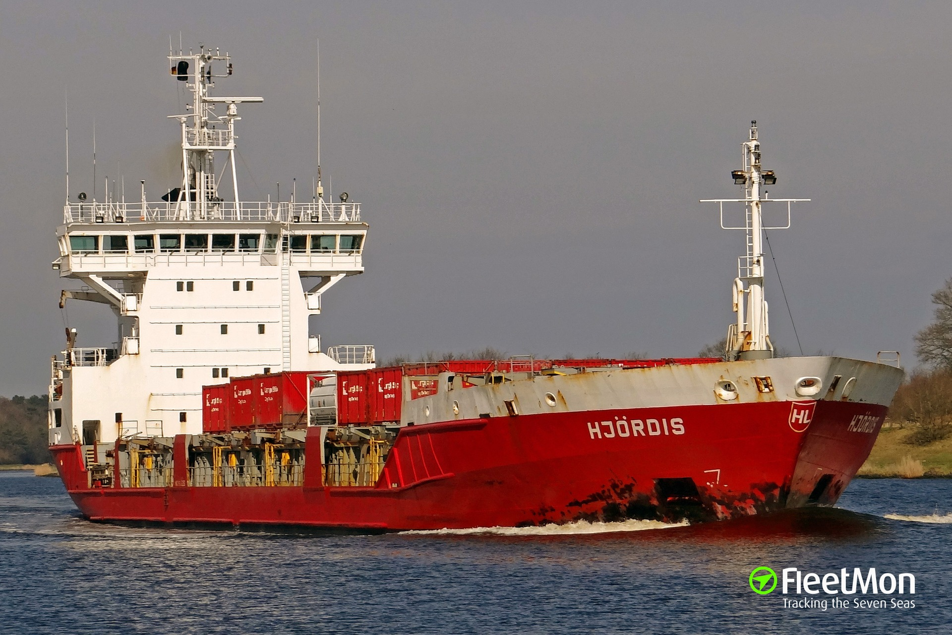 General cargo vessel Hjordis disaled in Kiel Canal