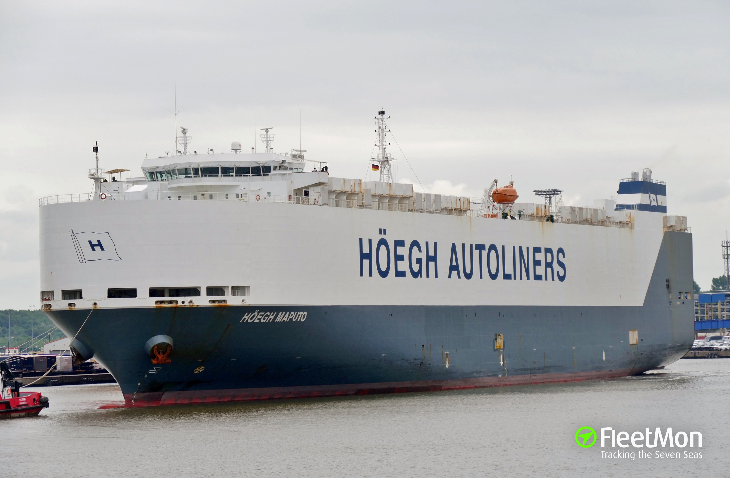 Photo of HOEGH MAPUTO (IMO: 9431850, MMSI: 259917000
