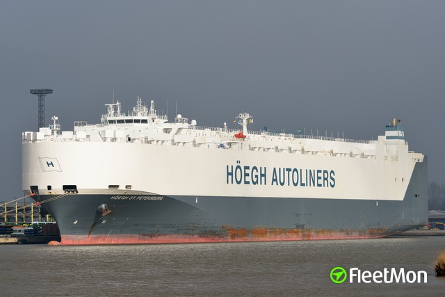 //photos.fleetmon.com/vessels/hoegh-st-petersburg_9420045_1305567_Large.jpg