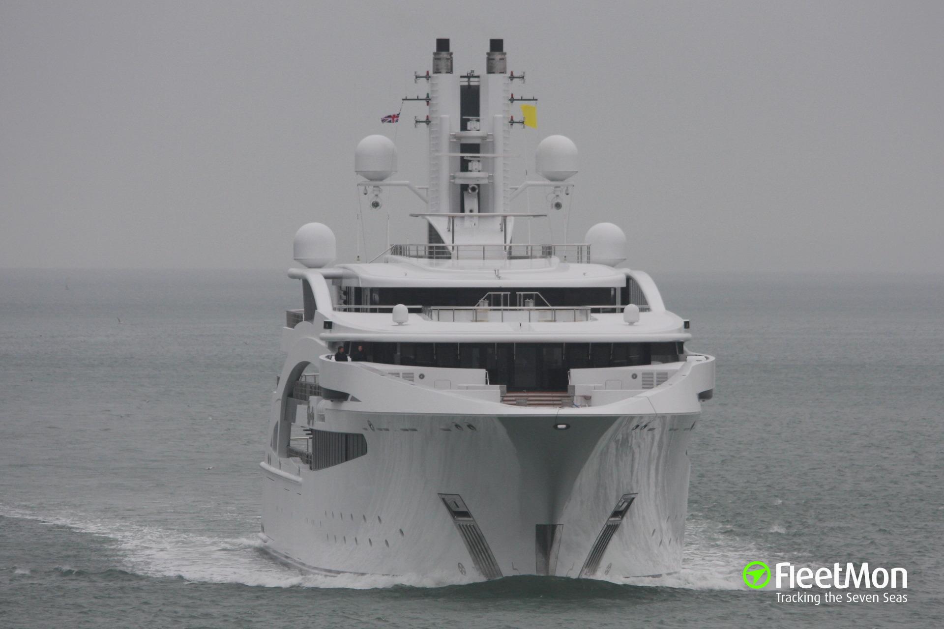 Luxury yacht I Dynasty in trouble off Sri Lanka