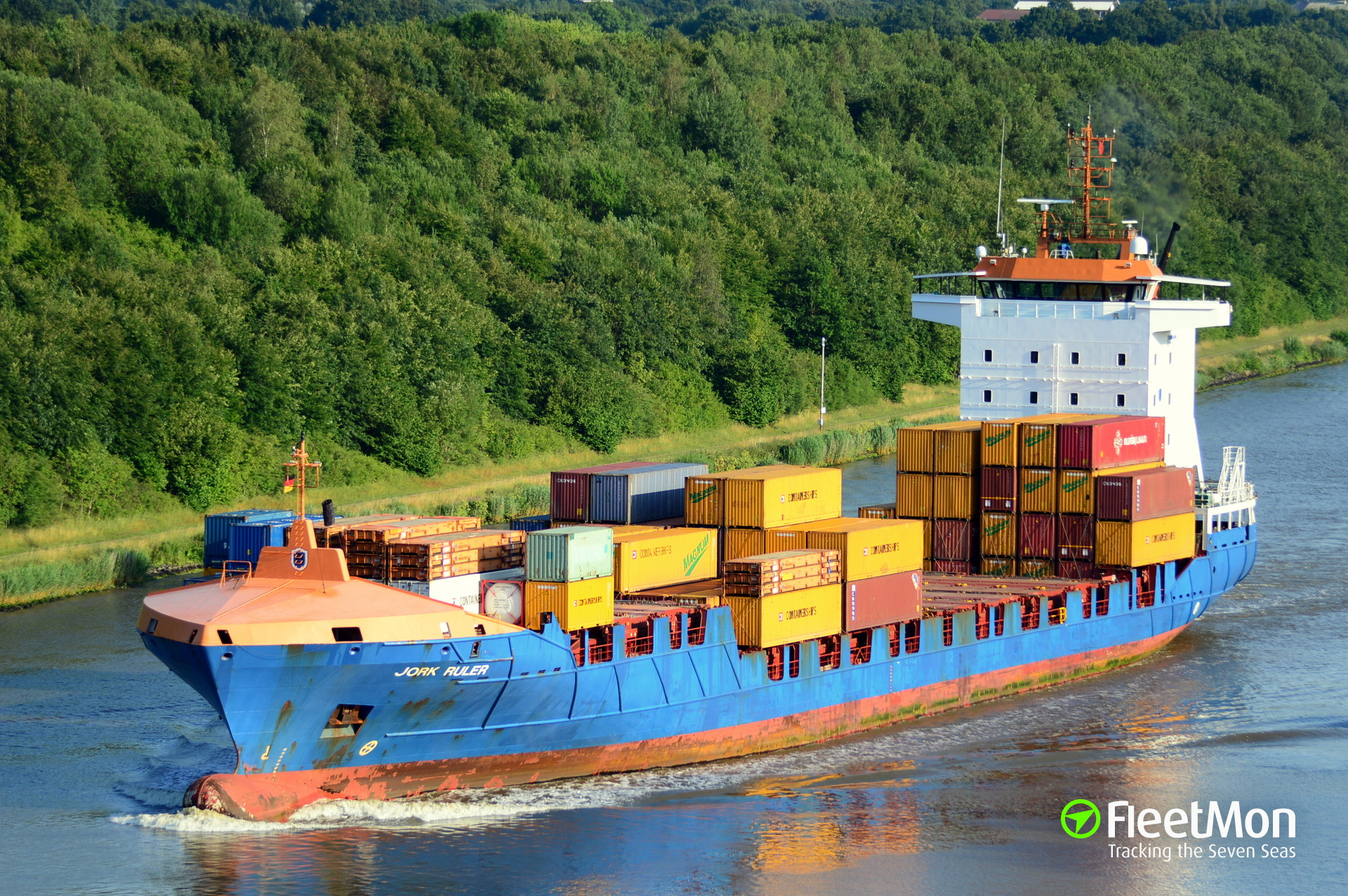 Boxship Jork Ruler disabled in Kiel Canal