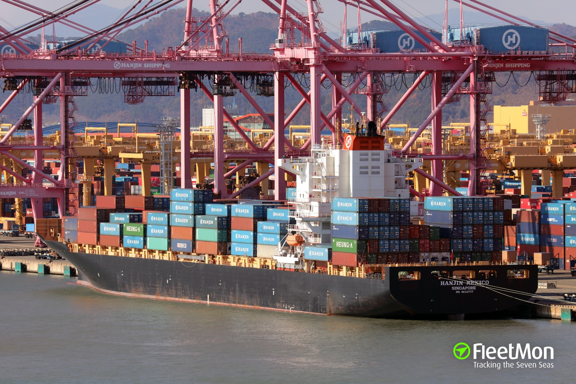 Hanjin Shipping in trouble: ships arrested, refused entry, halted