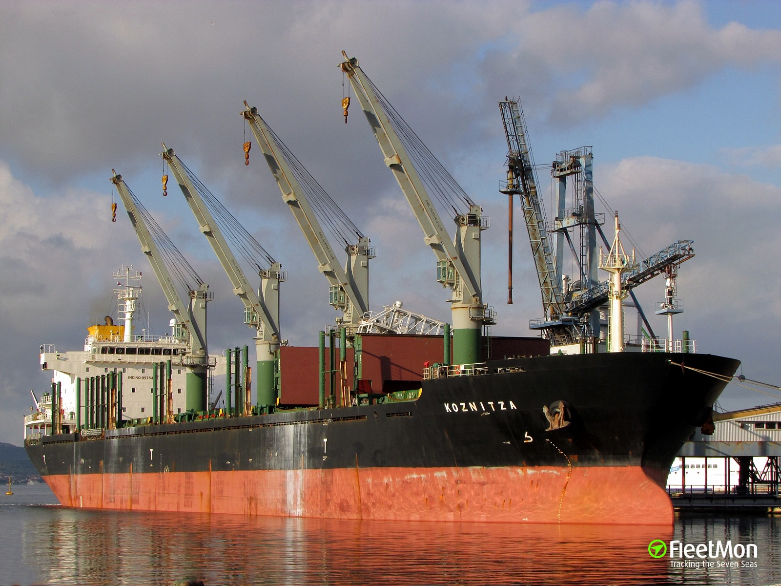 ​  Oil leak during bunkering operation, Kattegat