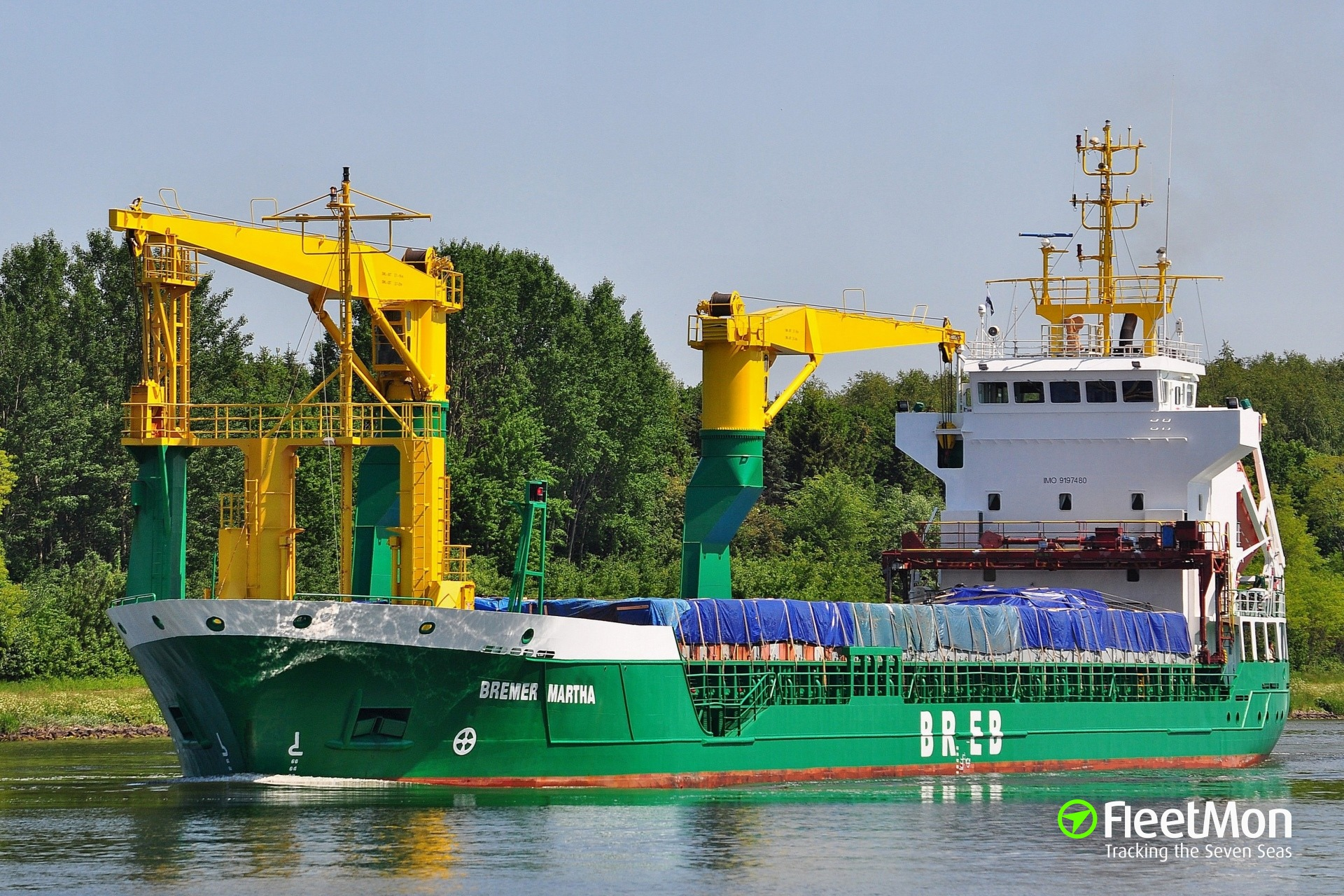 Two-ship mishap in Kiel Canal