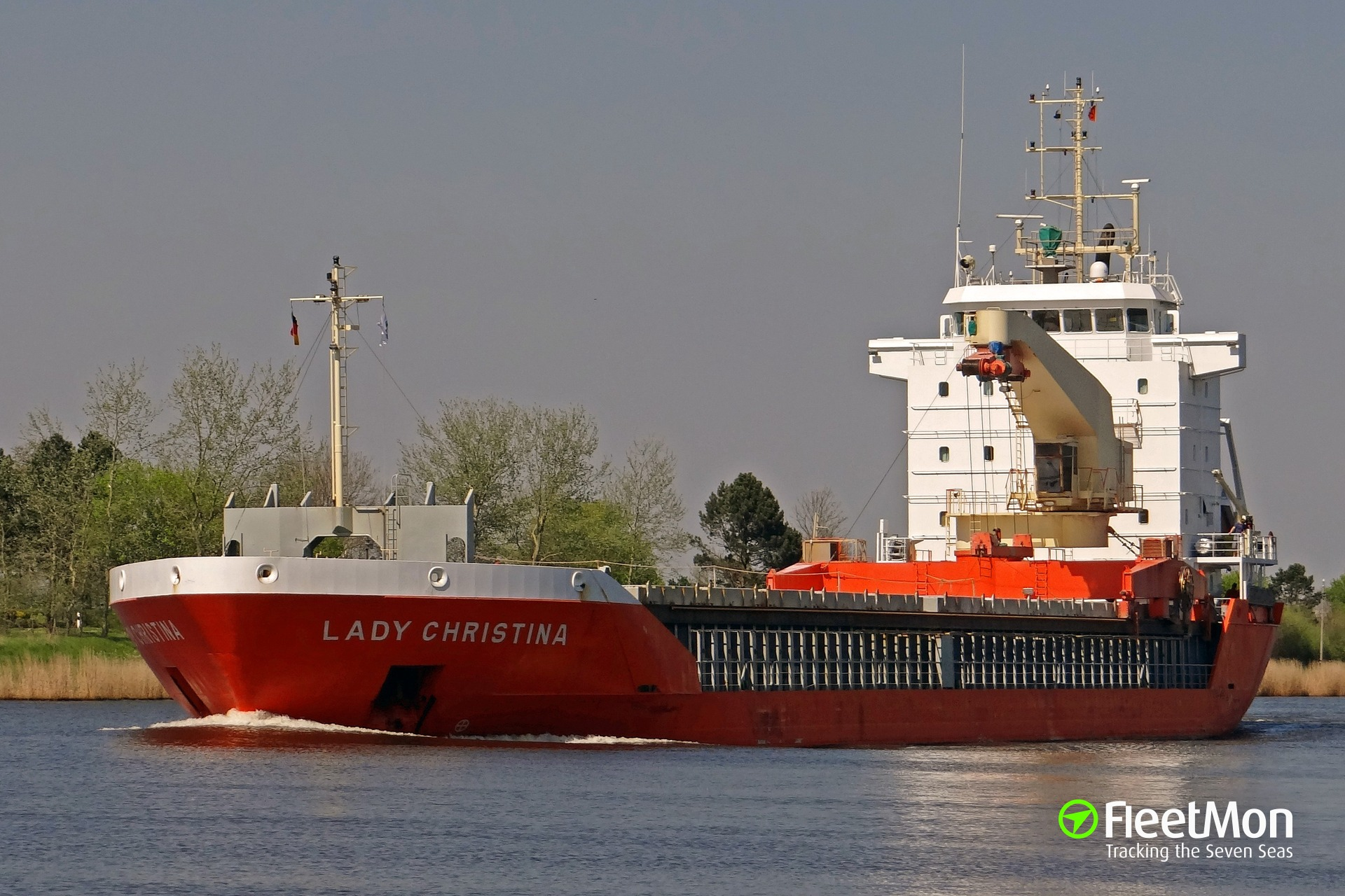 Crew crushed by hatch on Dutch cargo ship